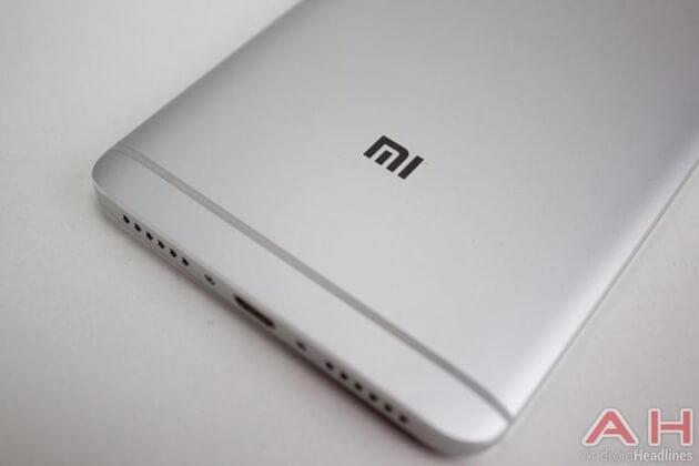 Подтверждено: Xiaomi Mi 7 будет предлагать беспроводную зарядку